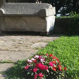 Fontanella, i segreti dell'abbazia  Un sarcofago e cinque teste di pietra