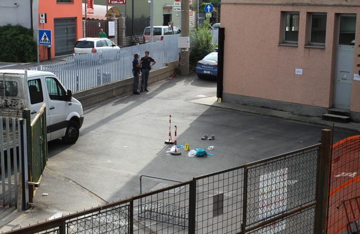 Il cortile del liceo Lussana di Bergamo, dove è stato trovato il 15enne