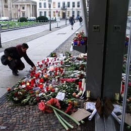Sale la paura per gli attentati Sondaggio: il 62% teme per l'Italia
