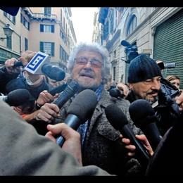 Grillo a Strasburgo,domani sentirà Renzi