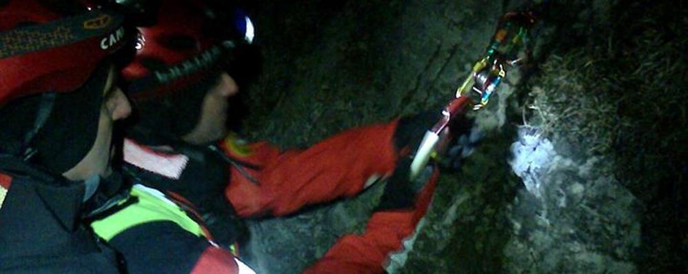 In cordata cadono tre alpinisti di Bergamo Notte di paura sui monti lecchesi