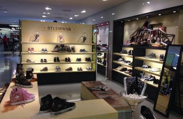 Uno dei negozi coreani Studswar