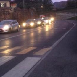 Salta la centralina del semaforo Code e caos a Ponteranica