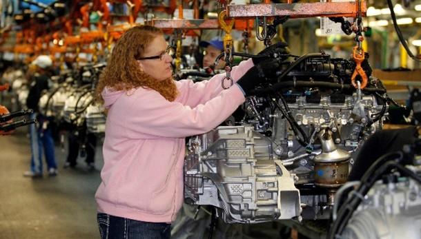Industria: produzione novembre +0,3%