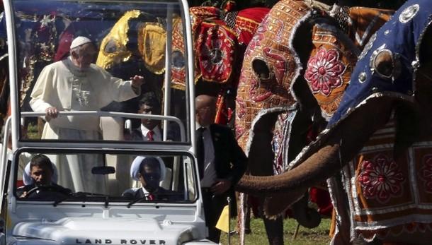 Papa in Sri Lanka: dare voce a tutti