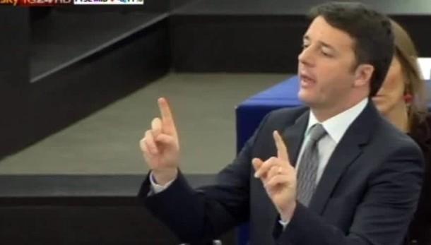 Renzi omaggia Napolitano a Strasburgo