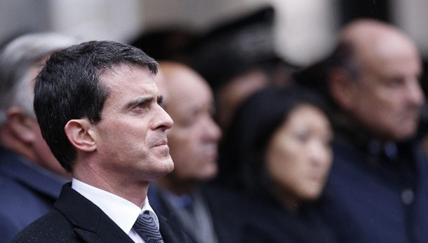 Valls, noi in guerra contro integralismo