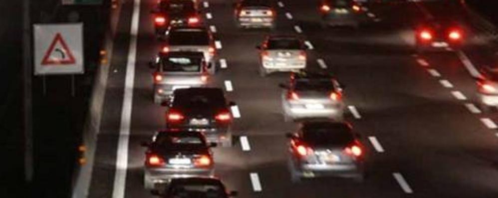 Due incidenti in autostrada Allarme cessato, code in calo
