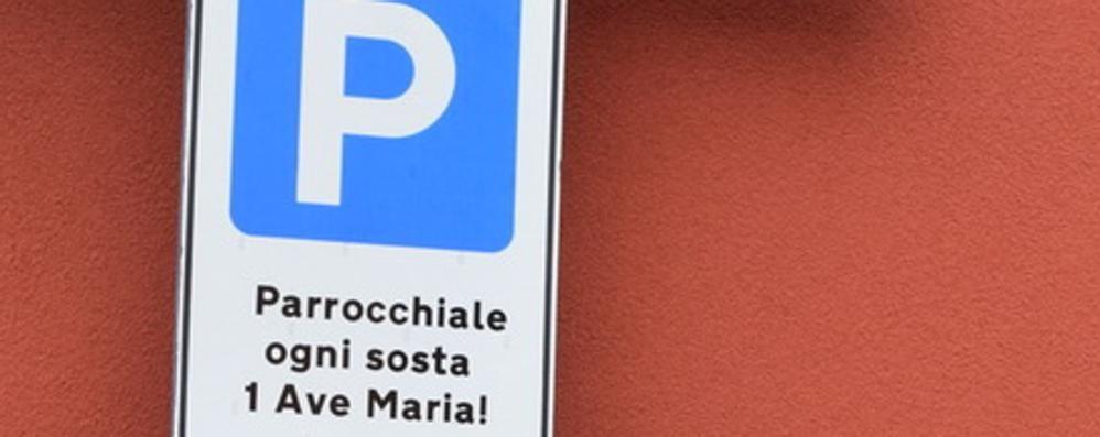 Il parcheggio della parrocchia si «paga» con un'Ave Maria
