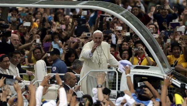 Papa a giovani Manila: non siate museo