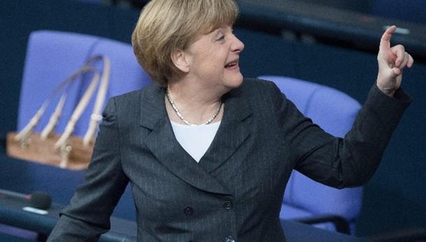 Bce:Merkel,prende decisioni in autonomia