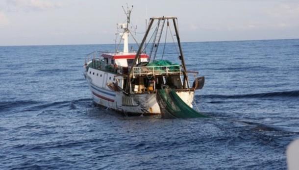 Pescherecci fermati,acque internazionali