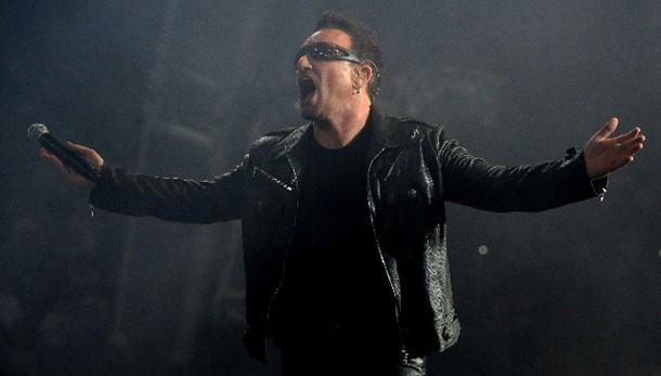 Bono, forse addio a chitarra dopo caduta