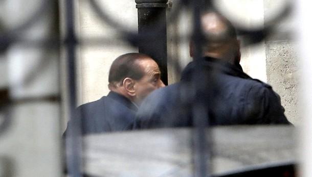 Berlusconi a P.Chigi incontra Renzi