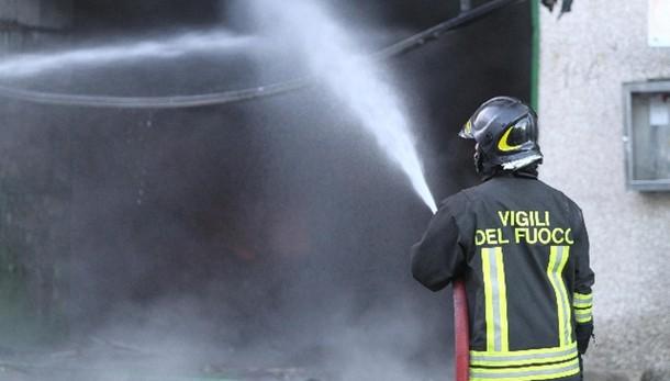 Roma, esplosione in palazzina: un morto