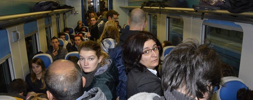 Disagi del maltempo, ma niente bonus Caso di Melzo, pendolari imbufaliti