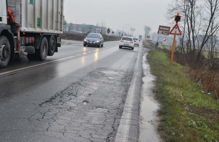 Le condizioni di molte strade della Bergamasca