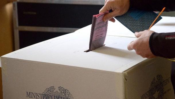 Firme Piemonte,7 indagati centrosinistra