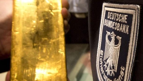 Oro: in calo a 1.294 dollari dopo Bce