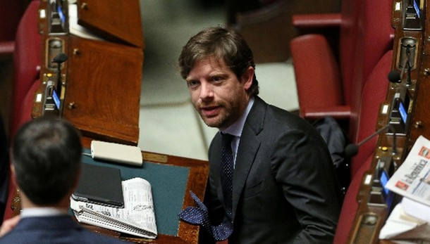 Pd: Esposivo, via Fassina e Civati