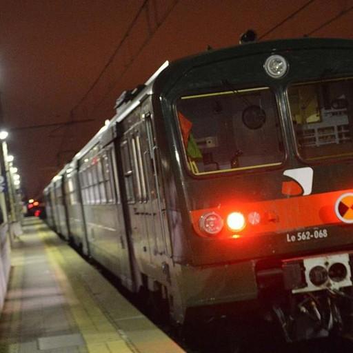Violenza su una ragazza in treno non sono stato io - Treno milano porta garibaldi bergamo ...