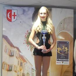 Pattinaggio sul ghiaccio a Egna Bergamasche sul podio
