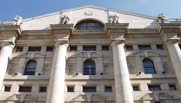 Borsa: Milano apre in calo, -1,14%