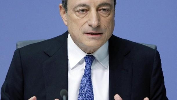 Cambi: euro stabile a 1,1251 dollari