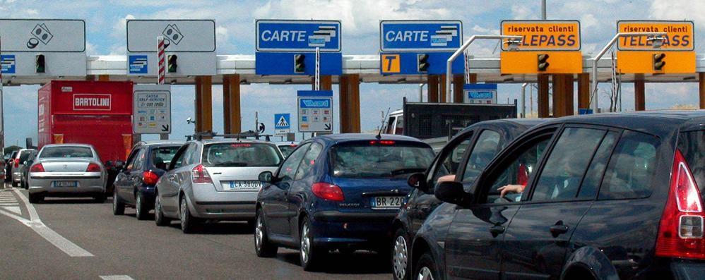 Autostrade, si paga di più «Rincaro  7 volte l'inflazione reale»