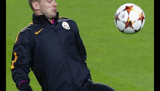 Juve, caccia a Sneijder ma senza affanno