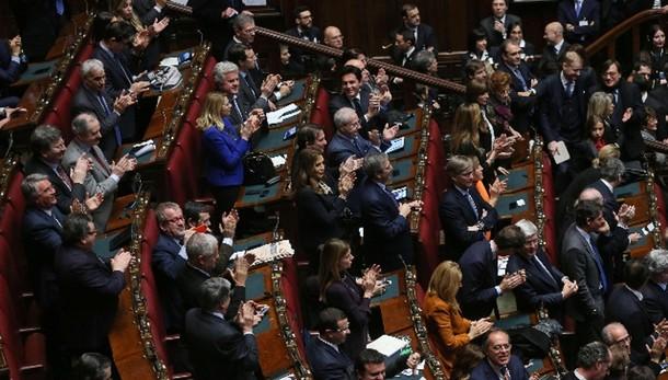 Mattarella sfiora quorum due terzi