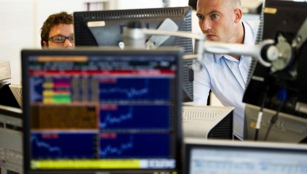 Borsa: Europa perde 200 mld, Milano 21