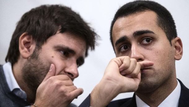 Fisco: M5S, P.Chigi come rione camorra