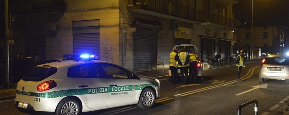 Tornava a casa dalla pizzeria: travolta e uccisa da un'auto