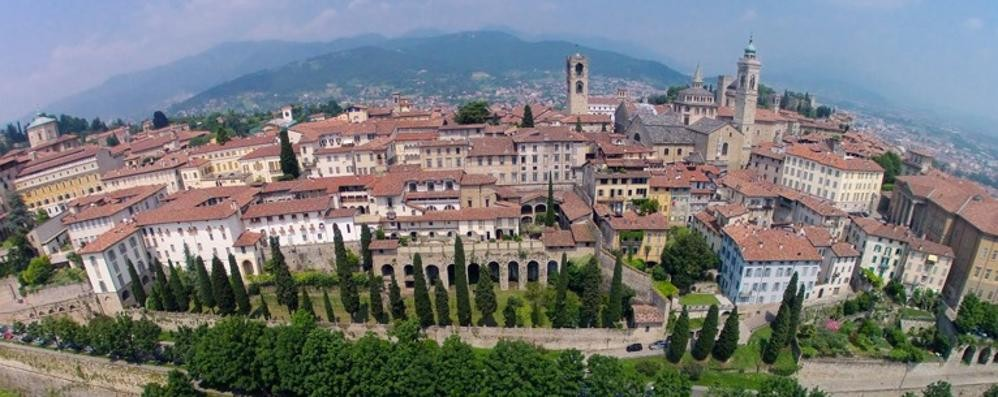 Expo, Bergamo arruola volontari In 250 accoglieranno i turisti
