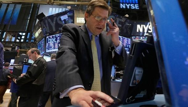 Borsa: Wall Street apre debole
