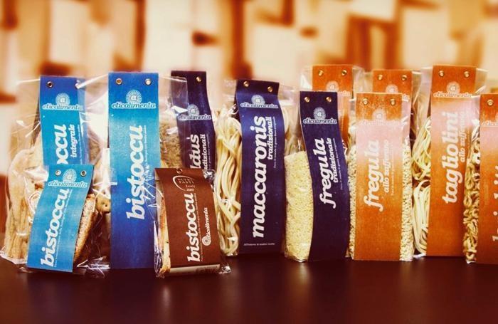 Confezioni di prodotti sardi a marchio Eticalimenta