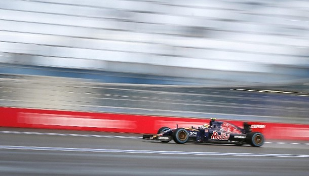 F1: incidente a Sainz, stop a 3/e libere