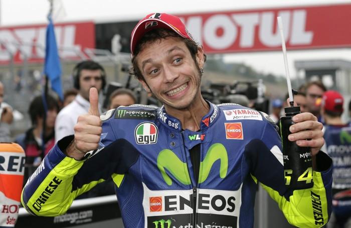 Valentino Rossi felice per scattare dalla seconda posizione