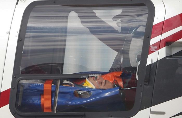 Carlos Sainz Junior trasportato in ospedale