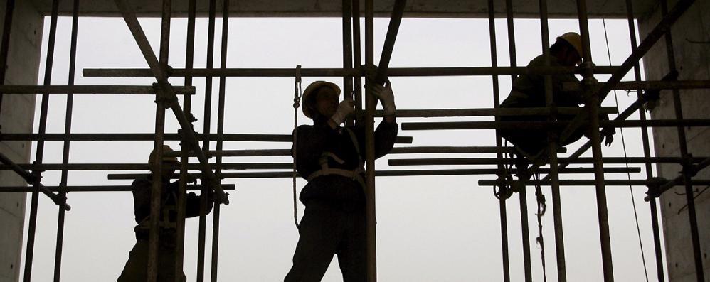 Emergenza infortuni sul lavoro: +15%  «Inversione dopo 10 anni di calo»