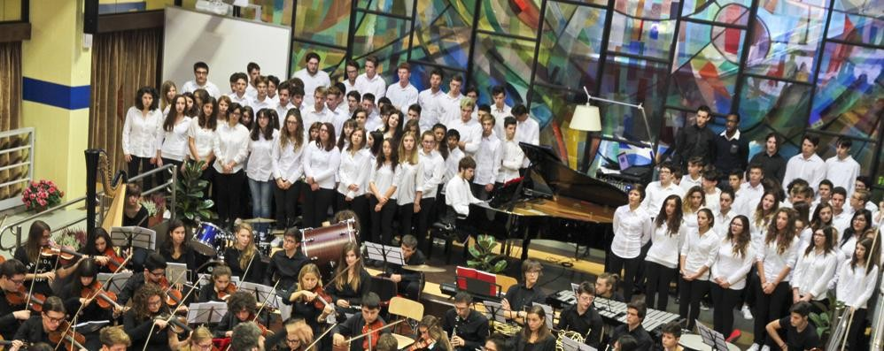 L'anno scolastico parte in musica La buona scuola c'è, anche la protesta