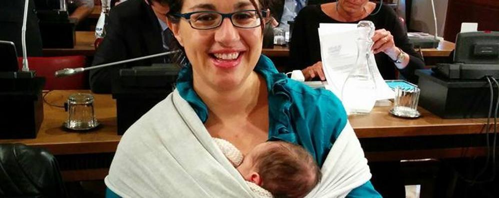 Francesca, mamma e consigliera  A Palafrizzoni con la bimba di 10 giorni