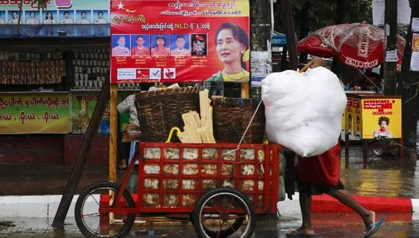 Birmania:intesa governo-8 gruppi ribelli