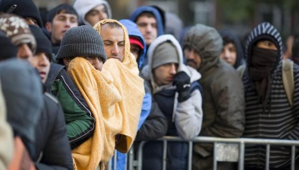 Merkel, passi Italia e Grecia su hotspot