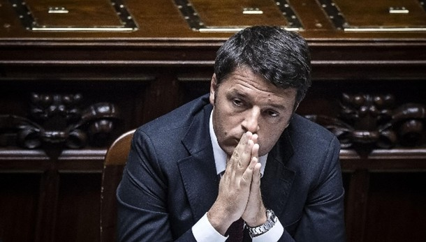 Renzi, si legge 'legge di fiducia'