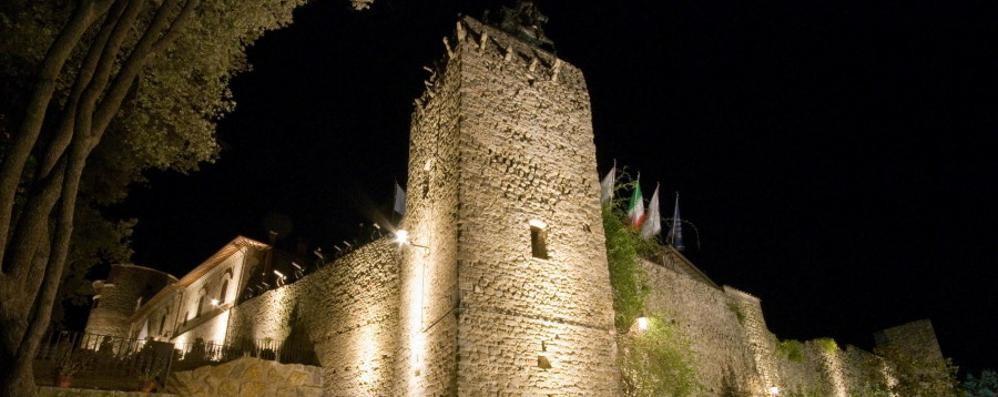 Spariscono le tasse sulla prima casa ? In Italia converrà comprare un castello...