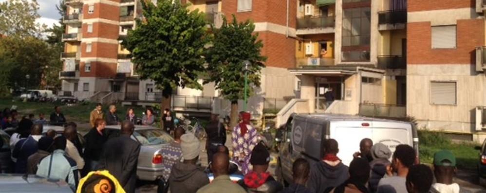 Zingonia, l'addio al piccolo Mamadou «Aiutaci a vivere e crescere nell'armonia»