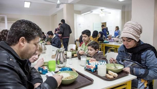 Caritas: 14,2% non ha pasti adeguati