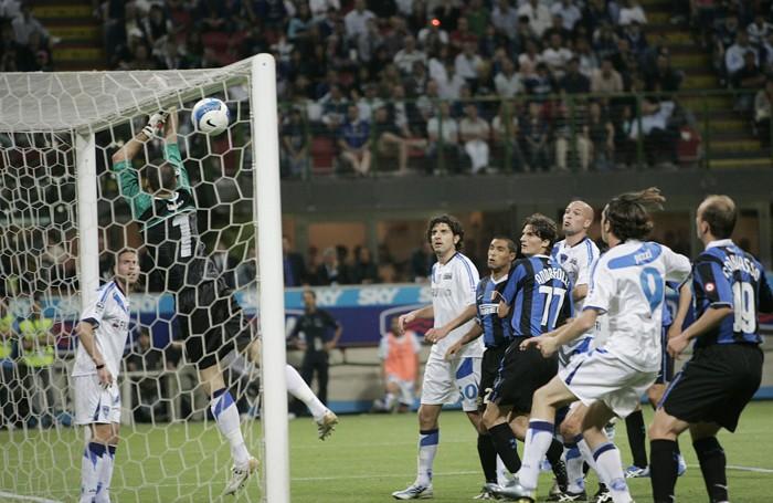Un gol di Recob da corner contro l'Empoli del portiere Bassi